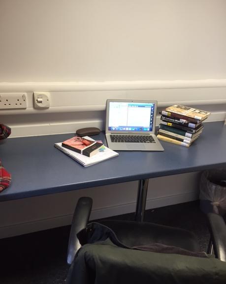 Nicole desk