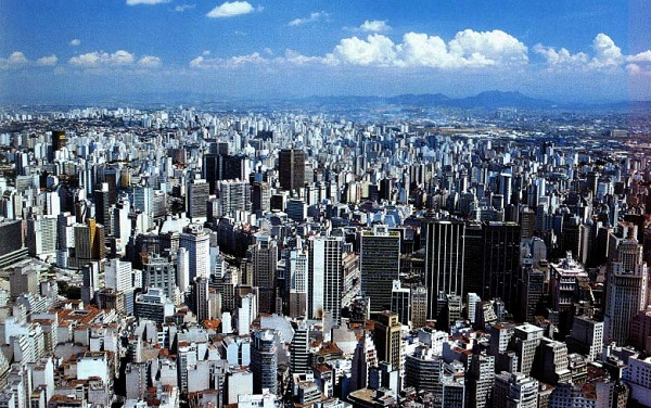A photograph of São Paulo City (image from tourguide.com.br)