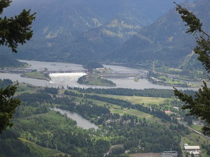 A photograph of the Bonneville dam, Columbia River basin