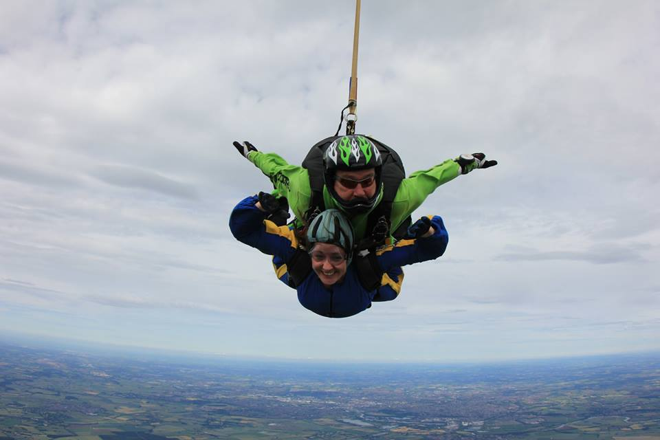 Skydiving for brain tumours - Children's Brain Tumour