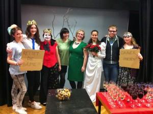 """The cast of """"Aschenputtel""""."""