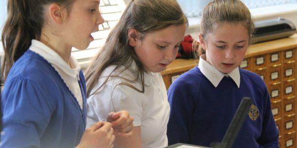 Grassmoor Image of Grassmoor Primary School students in the DHC.