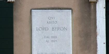 591px-Lord_Byron_(7278751764)