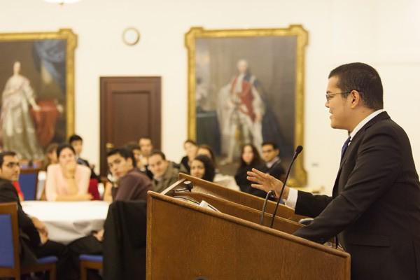 Chevening scholar Ira Pozon gives a speech