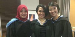 Korean student Kuemju with friends before graduation