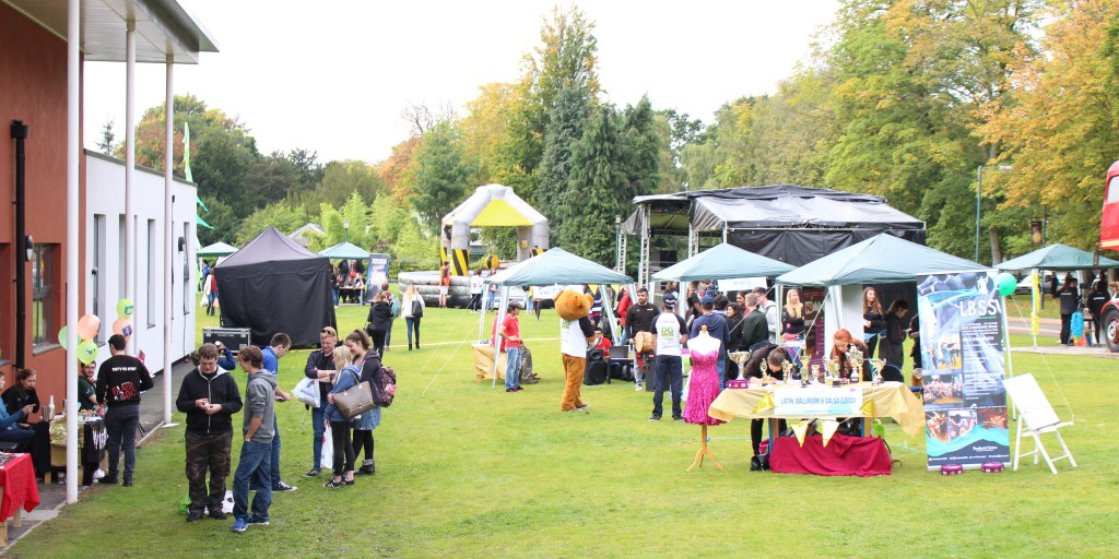 Outdoor Welcome Festival activities near Nottingham New Theatre, University Park