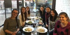 Meal with friends 600x300
