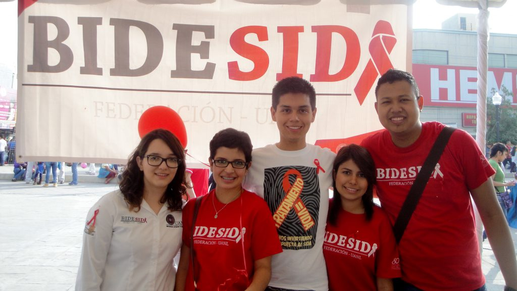 Manuel Besares with the AIDS awareness student group BIDESIDA at UANL, Monterrey