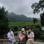 Women in Hangzhou