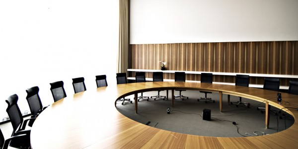 Staatsrat (round table), by Jonas K