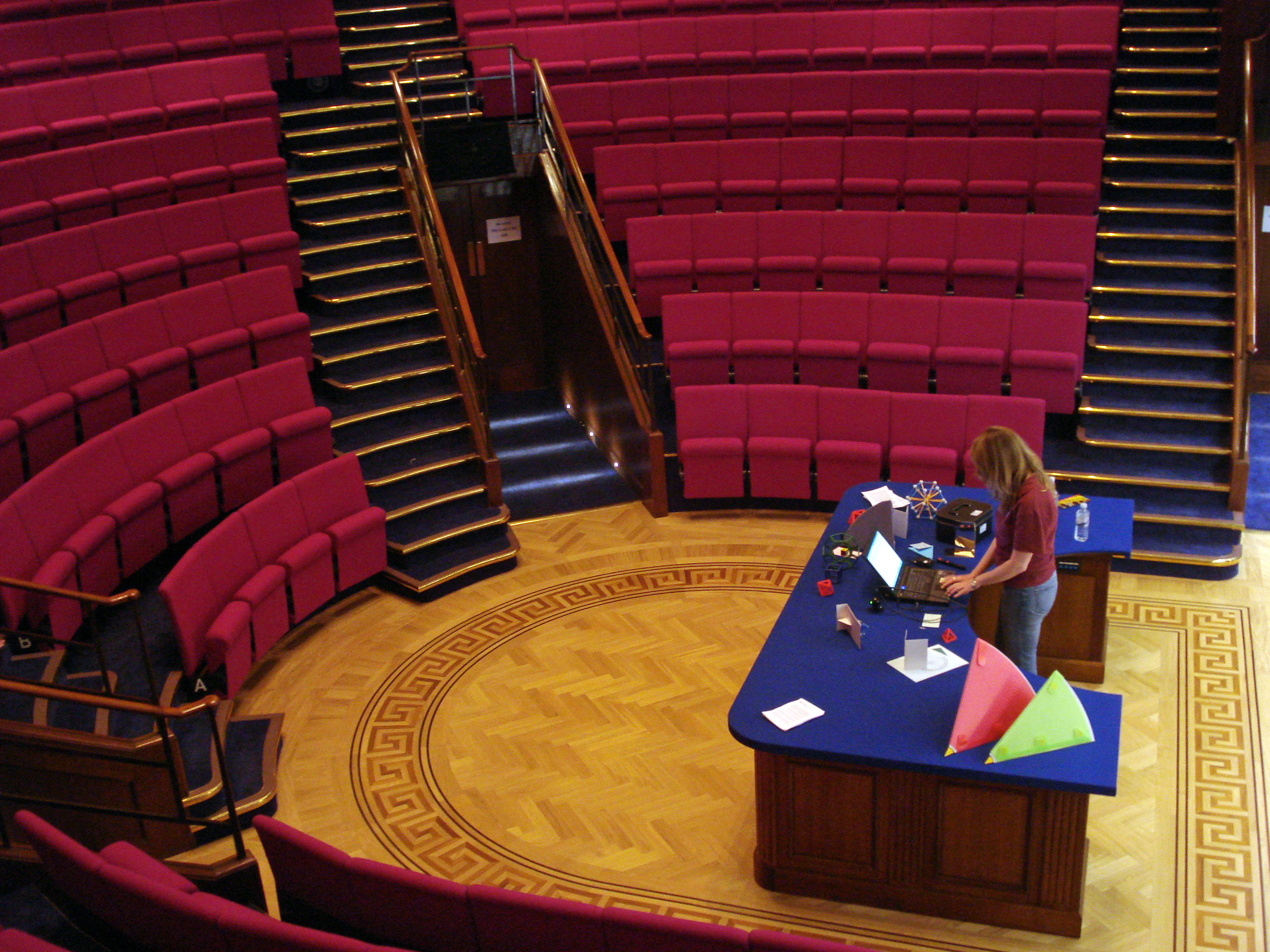 Royal Institution Christmas Lectures 2020 Royal Institution Christmas Lectures 2020 Life Fantastic | Vbqdap