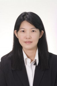 Dr Kong Yoke Fong, fisrt PhD Graduate from the Nottingham School of Economics Malaysia