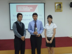 1st runner-up Alireza (left), with champion Archishman Ramasubramanian (middle) of the IMechE South East Asia SOfE competition, Bangkok, Thailand
