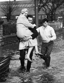 Flooding in Bulwell, 1960. Courtesy of the Nottingham Post Group