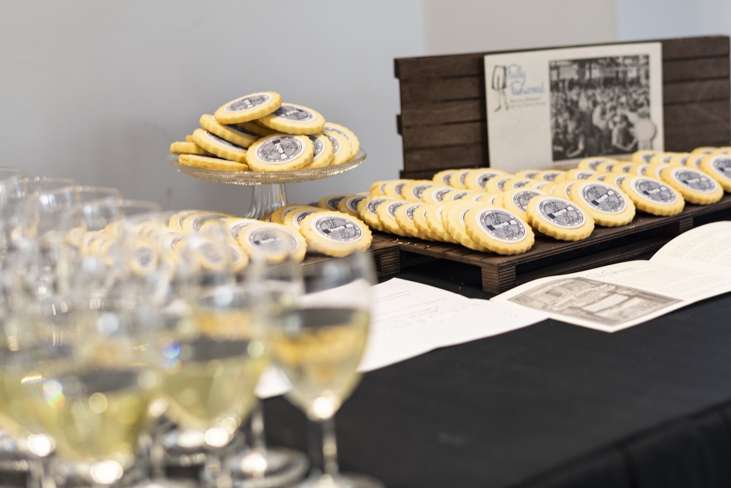 Biscuits with the logo of the Lace Makers' Society