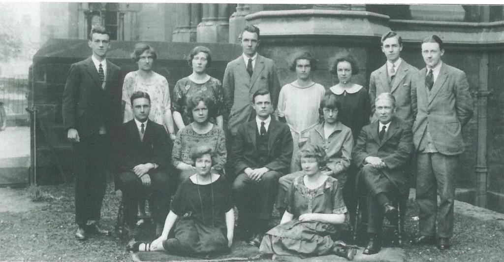 SU 1923-24