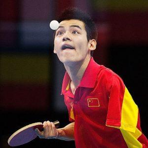 Zhao Shuai playing