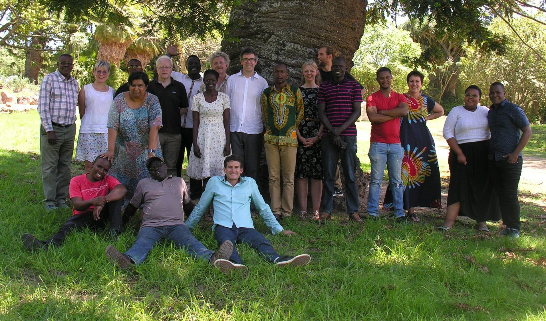 A group of colleagues from the Vet Africa 4.0 project gathered under a tree