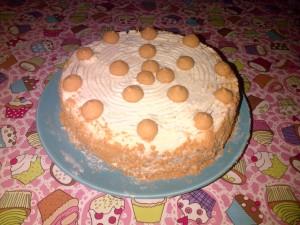 My contribution of an amaretti cake