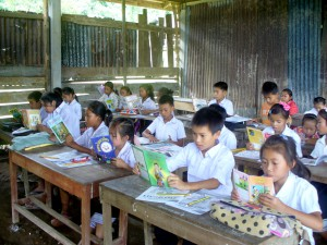 Silent_Reading_time_in_a_Lao_school