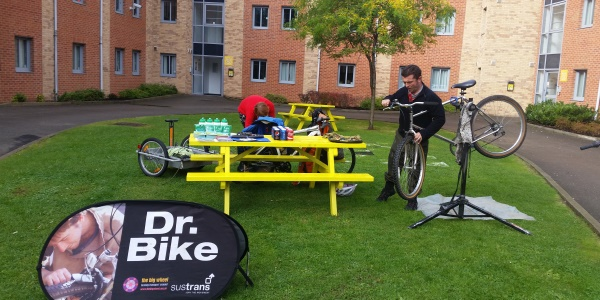 Dr BIke session at St Peter's Court
