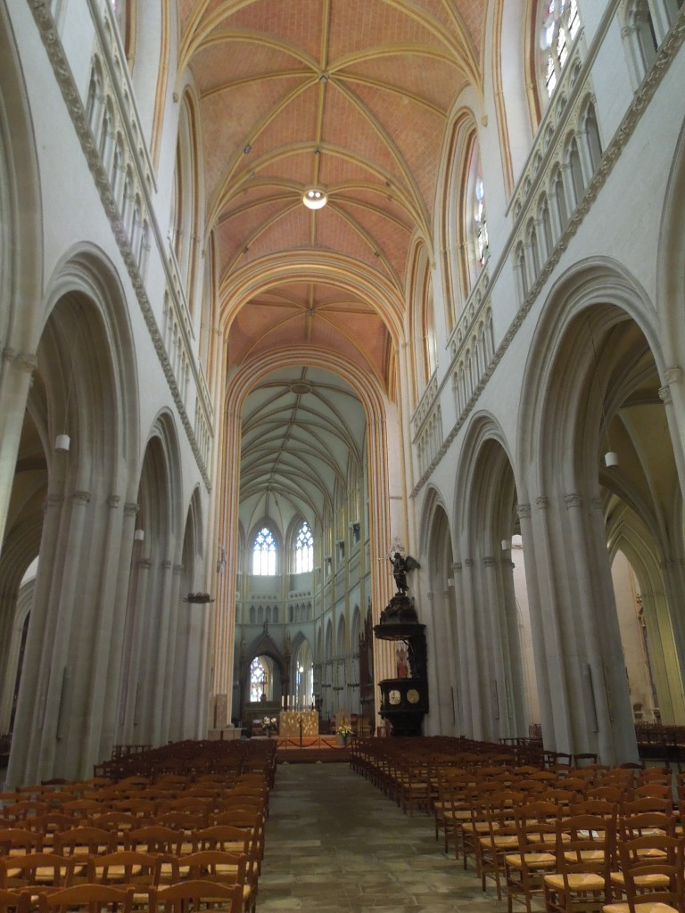 Inside the cathedral in Quimper